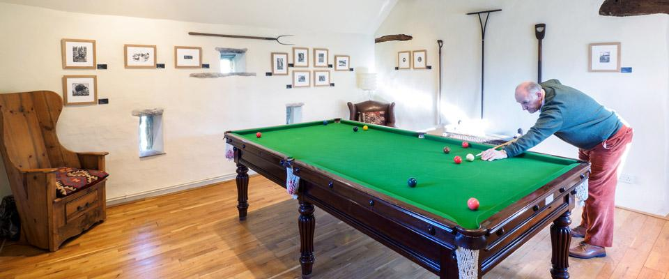 Hope Farm House Barn snooker room
